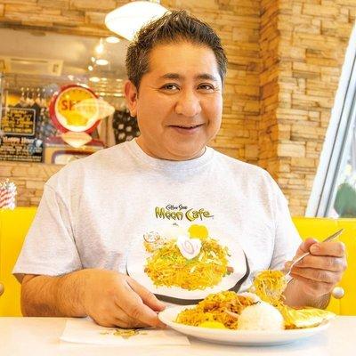 (I LOVE樂多)MOON Honolulu Chow Mein 檀香山 炒麵 短袖T-shirt