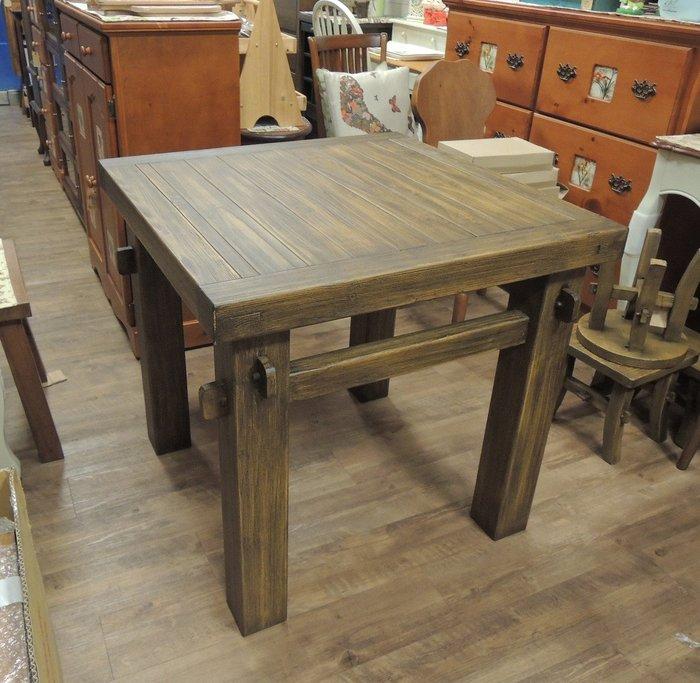 原木方桌 實木餐桌 泡茶桌 休閒桌 咖啡桌 原木桌 實木桌 仿古桌 方型桌 木料厚實傳統榫接 立體紋理有層次 古趣盎然