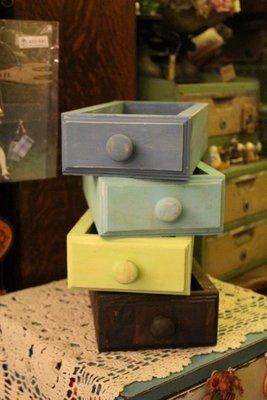 zakka糖果臘腸鄉村雜貨坊   木作類..open II線條原木造型小抽屜收納盒(會場佈置彩繪花盒蝶谷巴特置物盒道具