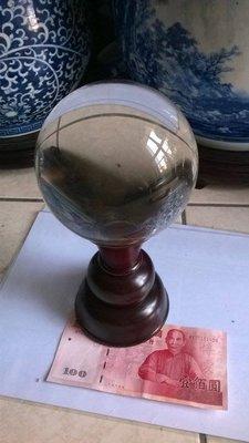 12cm黃白水晶球 浮雕心經水晶球 木底座