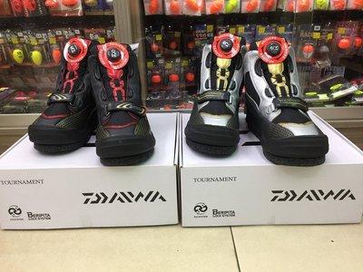 五豐釣具-DAIWA 頂級TOURNAMENT 短筒可換鞋底防滑+釘鞋TM-2800BL~特價6500元