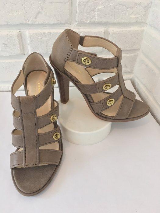 極新  6.5號二手 COACH 高跟鞋羅馬鞋粗高跟涼鞋 時尚精緻 名媛淑女的最愛 附原廠鞋盒 【寶妮子】