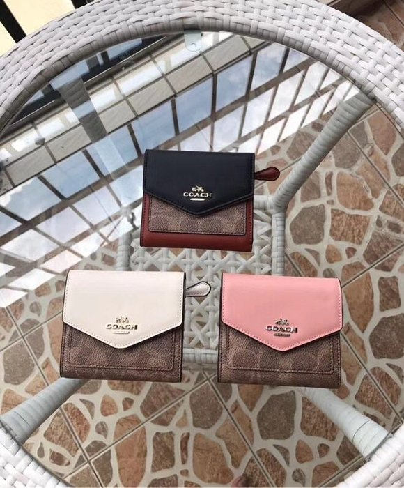 NaNa代購 COACH 31548 新款女士三折短夾 防刮 復古時尚短夾 可搭配同系列包包 附購證 買即送禮
