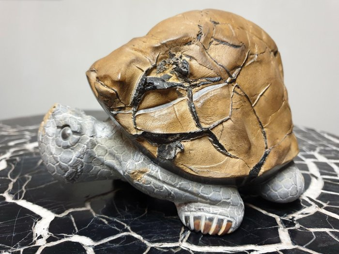 上和茶軒*台灣本土石雕龜作家 : 天淪人 老師*黃龜甲,石雕烏龜(原皮)~已售