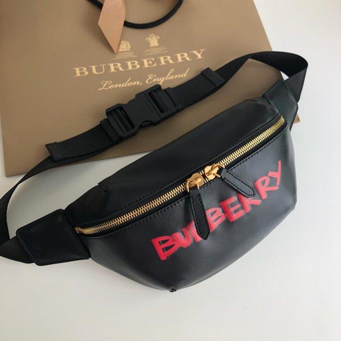 美國大媽代購 Burberry 巴寶莉 英倫風格時尚 帥氣腰包  斜背包 美國outlet代購