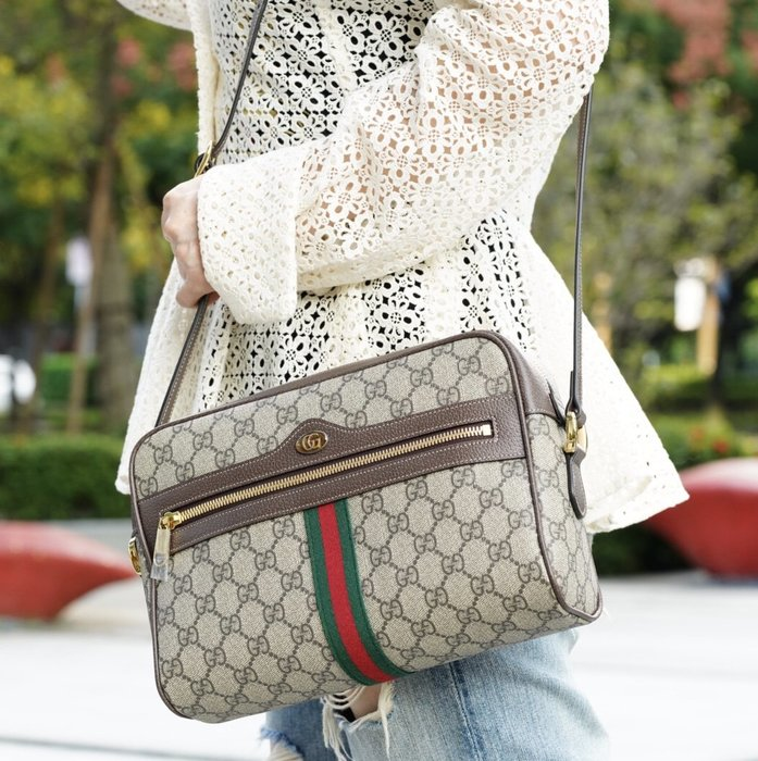 Gucci 517080 Ophidia GG Supreme bag 中型斜背包 現貨