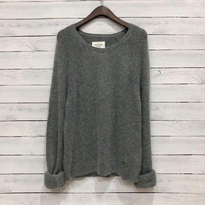 Maple麋鹿小舖 Abercrombie&Fitch * AF 灰色鐵牌LOGO毛衣 * ( 現貨M號 )