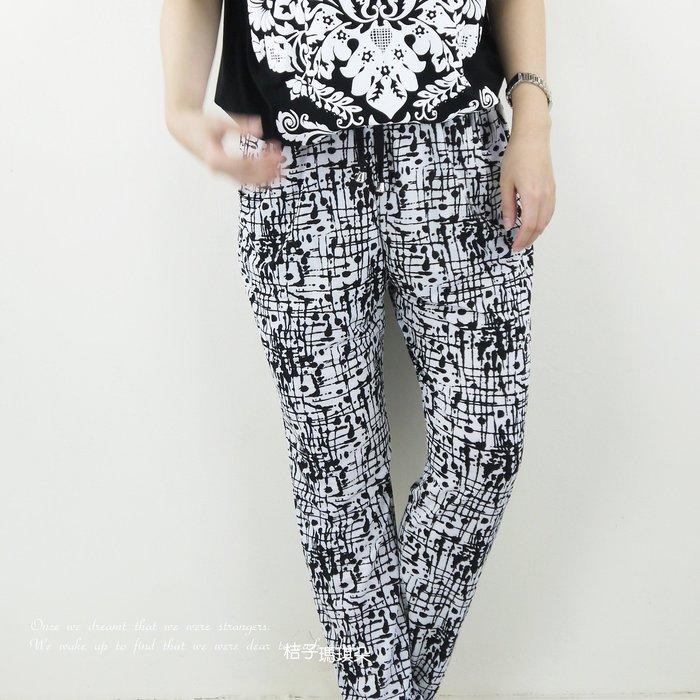 正韓 韓國連線 鬆軟料哈倫褲 潑墨風抽象線條 ~惠衣