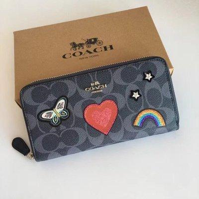 美國正品 COACH 26784 蔻馳女式長夾 拉鏈手拿包 錢包 微章愛心蝴蝶圖案裝飾 經典C紋深藍