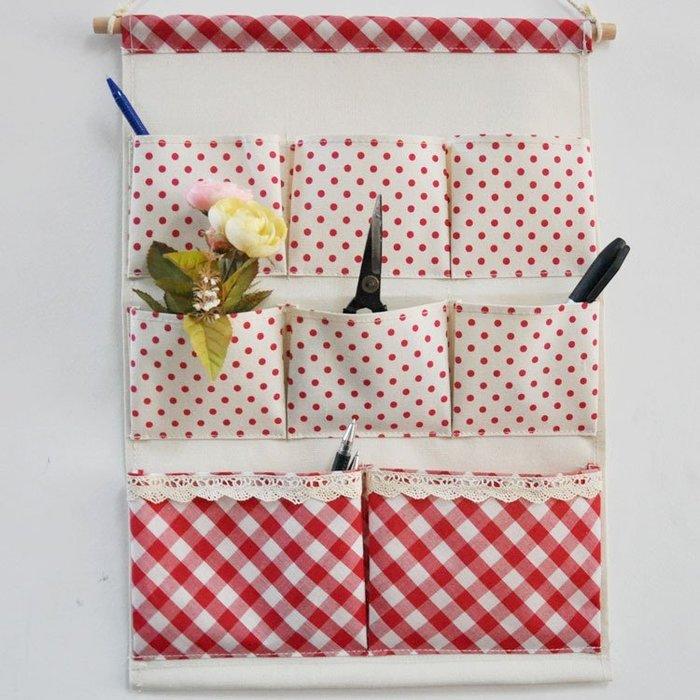 【愛麗絲生活家飾雜貨】zakka鄉村風紅格棉麻8格防水掛式收納袋/置物袋/雜物收納