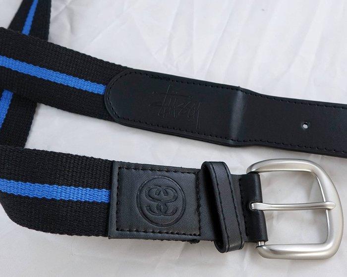 全新美國潮牌 Stussy 帥氣偏黑色與藍色相間布面混合成皮皮帶腰帶,只有一件喔!賣場有同款不同色腰帶喔!免運費!