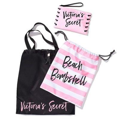 【菲菲美國舖】名模收納三件組。現貨~* Victoria's Secret *~時尚旅行❤甜美條紋海灘包化妝包束口袋三件
