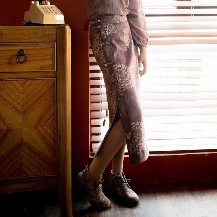 【鳳眼夫人】原創設計訂製款 靜蓮 薄毛呢復古中國風輕中式緹花高腰改良旗袍盤扣開衩一片式長裙 高腰開衩長裙 修身百搭森女系