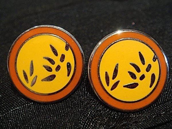 全新從未戴過美國設計師設計圓形 Bamboo 穿式耳環,很美有質感,低價起標無底價!本商品免運費!