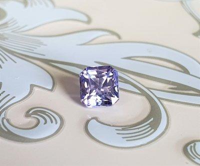揚邵一品(附國際證)1.05克拉紫羅蘭藍寶石 無燒天然~晶體乾淨  色澤優美 氣質優雅浪漫  晶燦透亮 值得擁有