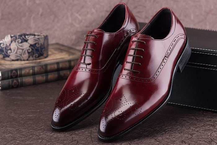 秋冬牛皮商務正裝皮鞋英倫尖頭皮鞋系帶真皮雕花布洛克鞋婚鞋男鞋