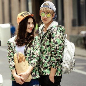 yes99buy加盟-2014秋裝새로운 潮流迷彩風時尚情侶修身夾克 情侶裝 韓味甜蜜外套