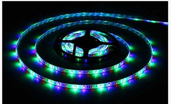 燈帶USB電池盒5V35282835RGB led彩色軟燈帶爆閃跑馬流水野營擺攤燈帶藏光燈帶