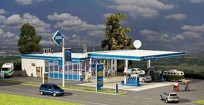 傑仲 (有發票) 博蘭 公司貨 FALLER 模型組 ARAL filling station 130482 HO