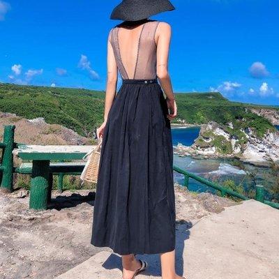 日和生活館 洋裙仙女裙網紗吊帶V領連衣裙夏黑色輕熟露背網紅沙灘裙海邊度假長裙S686