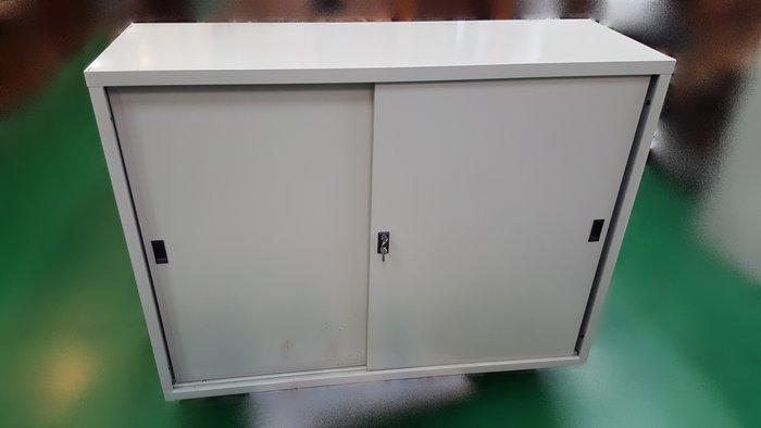 【宏品二手家具】二手家具推薦- D-81807全新4尺鐵櫃*上玻璃下鐵門公文櫃 理想櫃 資料櫃 辦公桌椅 電腦桌椅