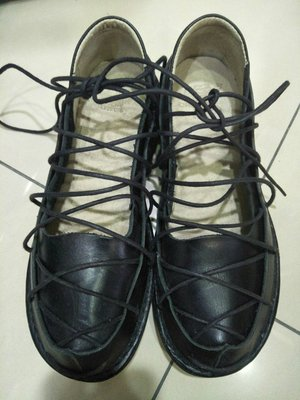 真皮牛皮黑色手工綁帶鞋 氣墊鞋 tripped可參考