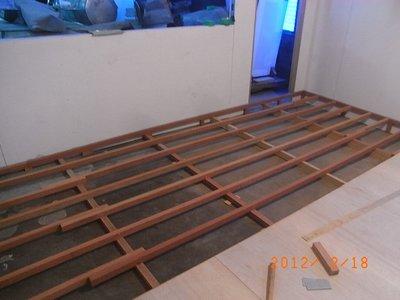 高雄 屏東 台南 輕鋼架 輕隔間 裝潢 木地板 石膏板 矽酸鈣板 超耐磨 實木地板 環保綠建材 責任施工