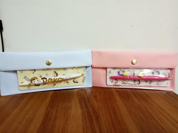 天使熊雜貨小舖~日本peko×ITSDEMO聯名系列~牛奶妹筆袋組(收納袋、筆、筆記本) 現貨:藍/粉色2款  全新現貨