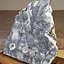柏晶 烏拉圭異象藍灰色細晶球花大晶鎮(含雞翅木鏤空雕花木座) #243