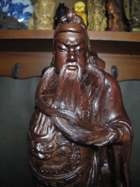紅檀木雕◎ 關公立像