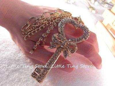 Little Ting Store 便宜出清展示樣品 水晶鑽愛心鎖匙蝴蝶結流蘇鑰匙圈/可夾式吊飾/掛飾鑰匙圈