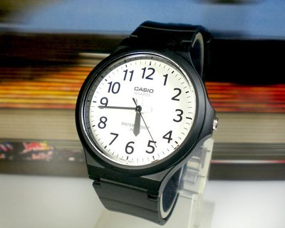 天王星運動精品館 CASIO手錶 時尚簡約 休閒指針錶 大錶徑4CM 男女適用【↘460】MW-240-7B