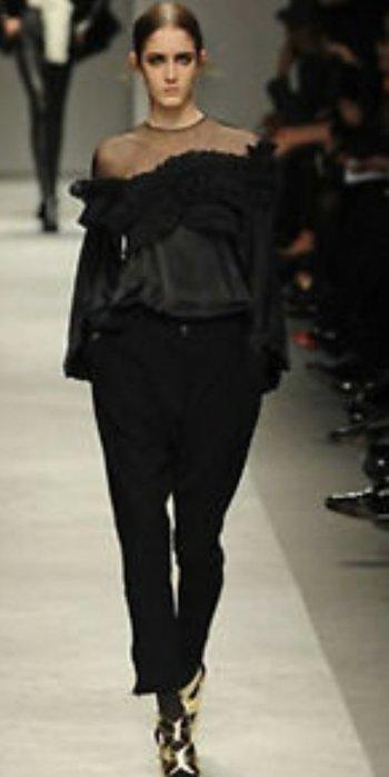 原價美金$2695 Givenchy 經典大蝴蝶荷葉邊真皮純絲透視長袖罩衫