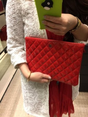 Chanel A82153 Valentine's Day 情人節限定手拿包 漆皮 紅