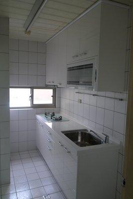 *美麗櫥*一字型廚房~高雅人造石檯面、水晶門板廚具210公分+櫻花三機~只要$49,800