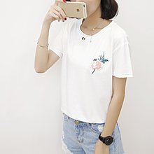 =EF依芙=韓國首爾 時尚精品 東大門同步 夏季新款韓版胖mm時尚花朵繡花圓領短袖T恤 大碼女裝17824