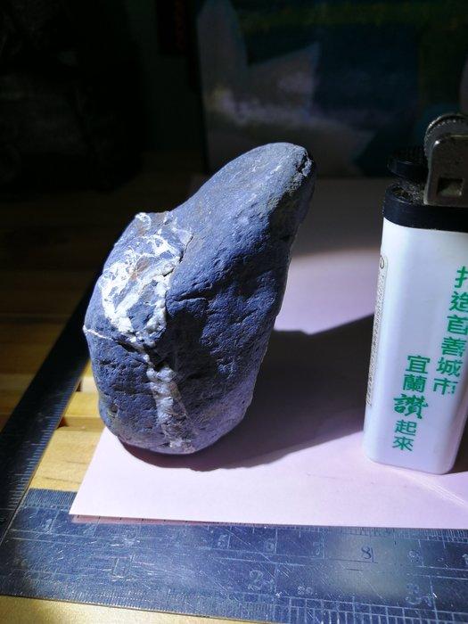 銘馨易拍重生網 108SG60 鷹石尖 高山流瀑美景石 天然礦紋 特殊紋意境美石、雅石 把件、擺飾藏品保存如圖 1個ㄧ標