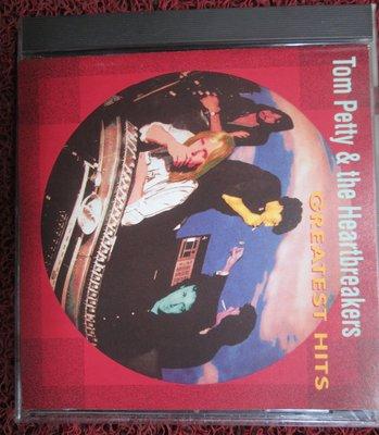 正版CD(片況佳附歌詞)~Tom Pretty & The Heartbreakers-Hits專輯.收錄Refugee