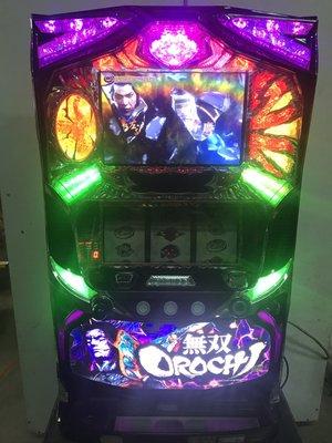 柯先生日本原裝SLOT斯洛機台2015 無雙蛇魔OROCHI超帥氣家用電玩插電就可玩非柏青哥小鋼珠.拉霸機房間擺飾