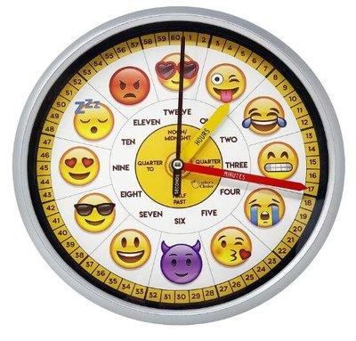 10384c 歐洲進口 限量品 好品質 可愛小朋友數字英文單字教學黃色愛心笑臉愛心臉笑哭表情符號鐘錶牆壁上掛鐘時鐘禮品