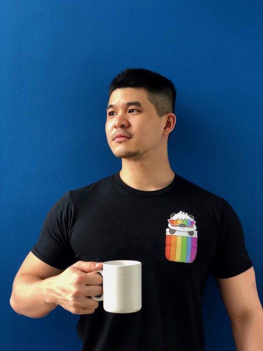 Fat Panda設計款 肥熊貓T恤  ( 彩虹熊 )