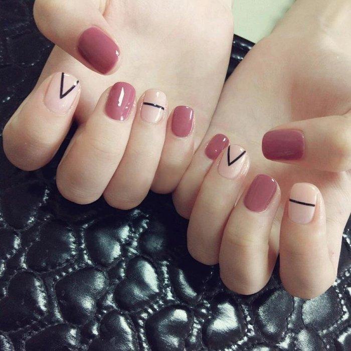 BELOCO 少女指甲貼韓國可愛短款軟妹美甲貼持久防水酒紅色假指甲成品甲。BE655