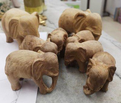 宋家沉香奇楠huntoeleph.1廣義紅土根雕大象.小小隨身增加富貴氣.有大有小.本標是小隻那五隻之一.可以先挑優先