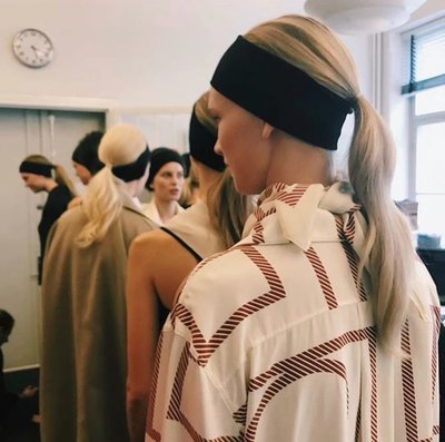 《巴黎拜金女》頭巾女禦寒護耳時尚髮帶防風透氣