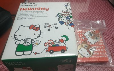 送Kitty便條紙 富士instead mini 25 Hello Kitty拍立得(加350元加購兩盒底片)