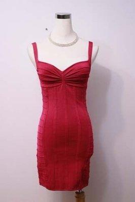 【性感貝貝】美國品牌bebe 夜店桃紅/黑色超彈性針織合身抓皺低胸洋裝, 王思佳心機穿著繃帶衣