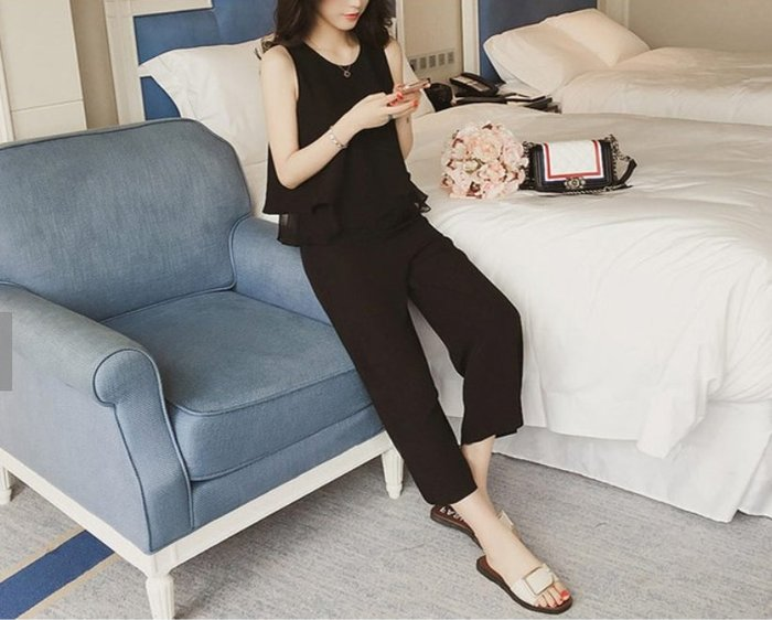 【韓國姐妹淘】韓國代購 韓版 削肩荷葉雪紡套裝 2018