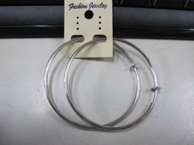 二手舖 NO.4541 時尚造型耳環 耳針 耳鉤 便宜賣 首飾飾品