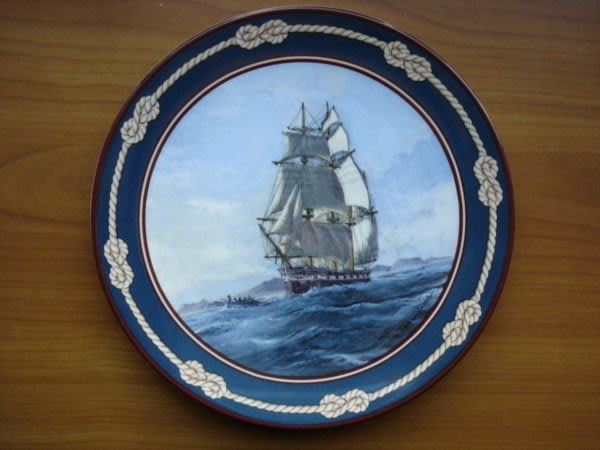 [美]英國百年名瓷Royal Doulton1989年骨瓷限量裝飾盤Beagle美麗值得收藏