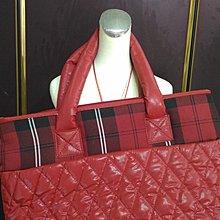 SCOTTISH HOUSE經典品牌.格紋 紅色 空氣包。手提包 。旅行包。大方包!可面交!